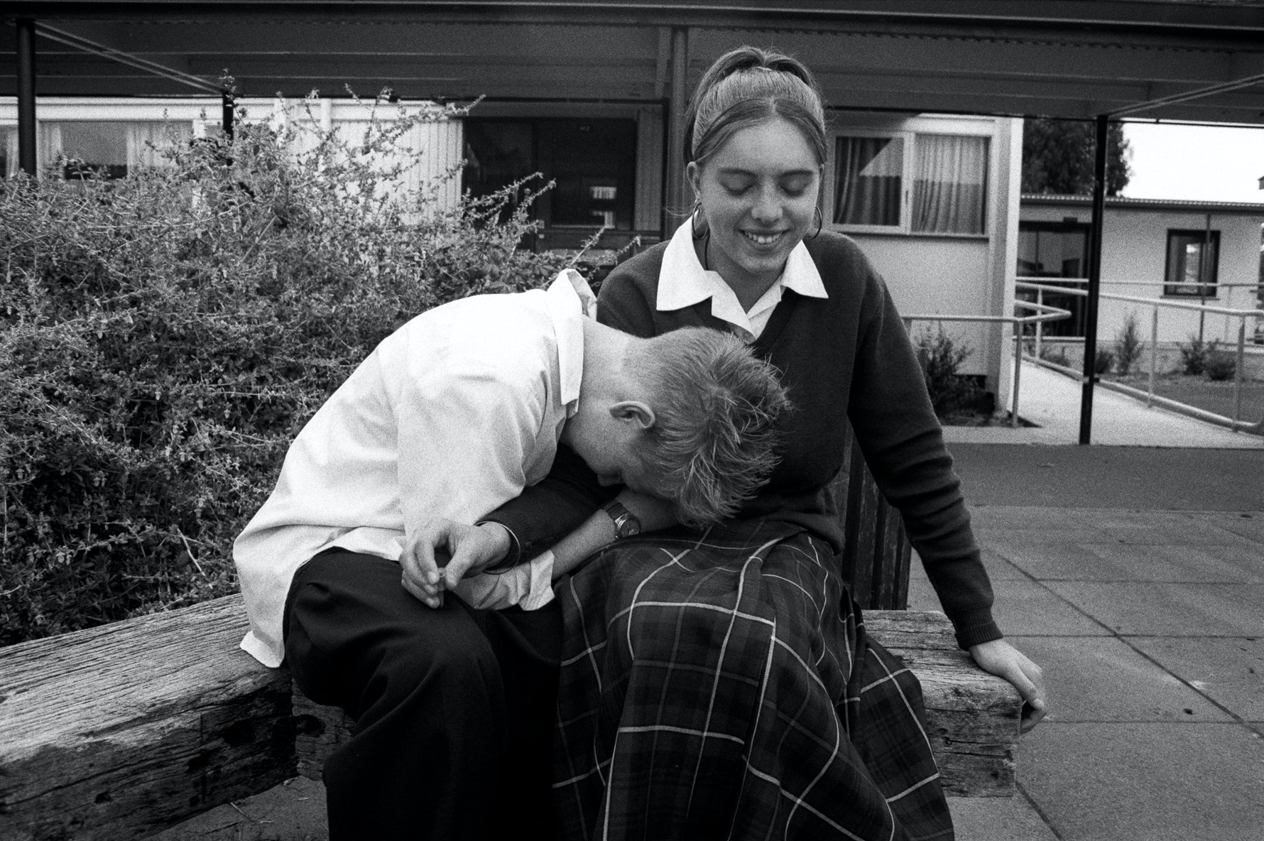 Students, lunch break, Aranui High School