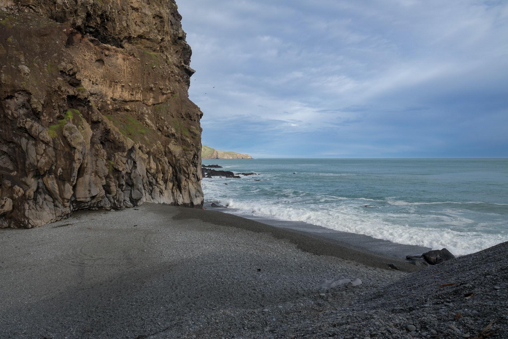 Birdlings Flat, Te Mata Hapuku.